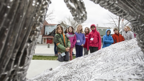 An ArtStart classtakes a tour of outdoor sculpture. Photo by Tom McNeill.