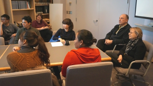Dartmouth students in the Hood's conference room participating in the 2016 spring session of Museum Collecting 101. Photo by Alison Palizzolo.
