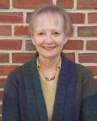Hood Museum Docent Linda Oidtmann. Photo by Alison Palizzolo.