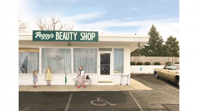 Julie Blackmon, Peggy's Beauty Shop, 2015, archival pigment print. © Julie Blackmon, courtesy Robert Mann Gallery