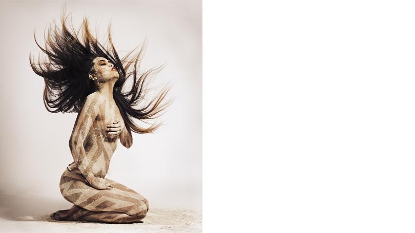 Cara Romero (Chemehuevi), Kaa, archival pigment print on fine art matte paper, Hood Museum of Art, Dartmouth: Purchased through the Sondra and Charles Gilman, Jr. Foundation Fund; 2019.78.1. © Cara Romero