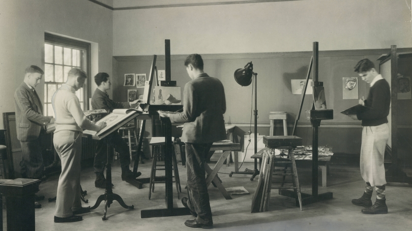 Students in Carpenter Hall Studio, late nineteenth century. Courtesy of the Dartmouth College Library.