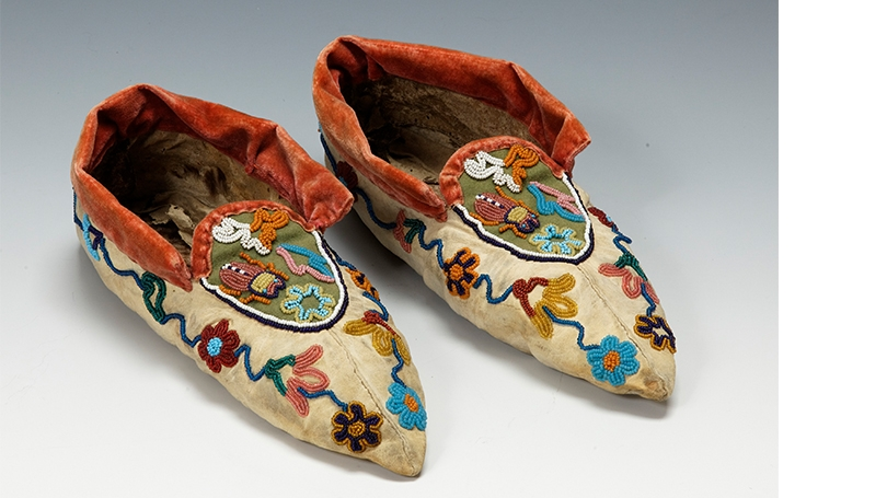 Moccasins made by a Tlingit artist, about 1890-1900, Native-tanned hide, glass beads, wool cloth, velvet, thread.